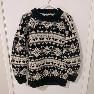 Vtg Hand Knit Nordic Cowichan Icelandic Wool Crewneck Sweater Size Medium